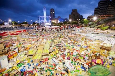 350 toneladas de alimentos para Cruz Roja Española y Banco de Alimentos de Tenerife